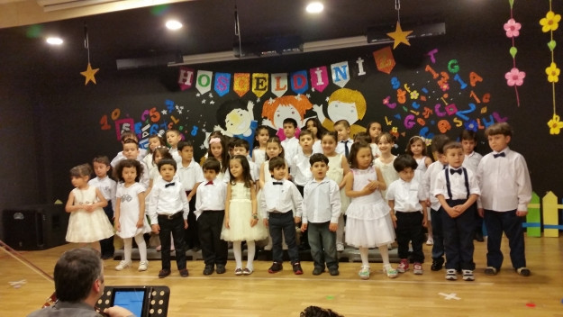 Çınar Koleji Çekmeköy Kampüsü Anasınıfı ilk mezunlarını verdi.