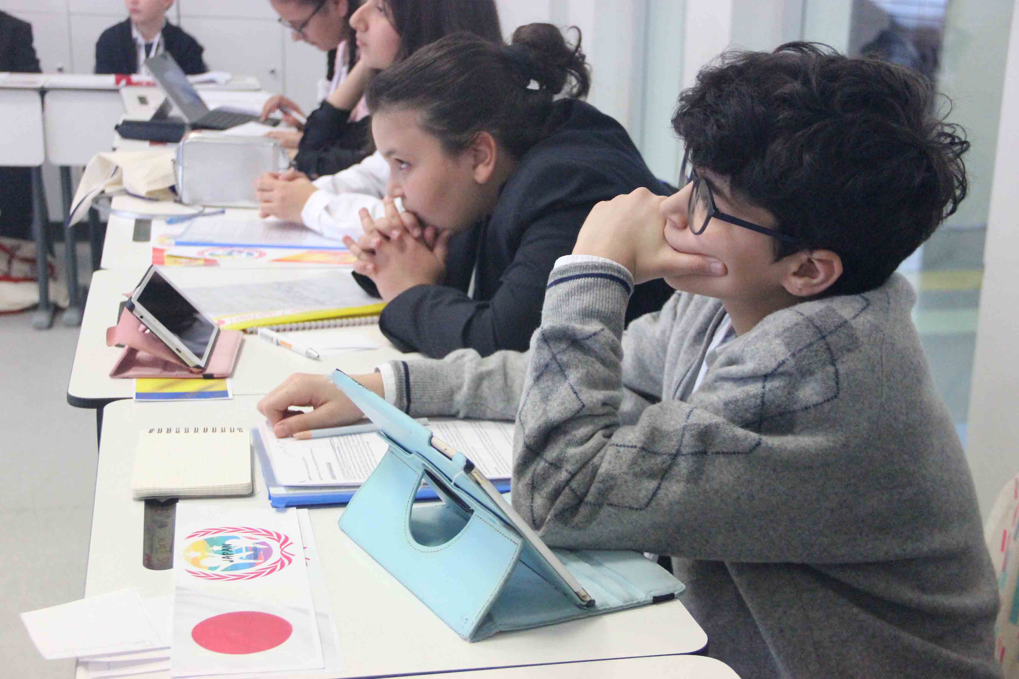 Geleceğin Genç Diplomatları ÇINARJMUN'19'da