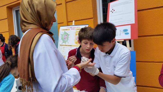 Çınar Koleji Öğrencilerinden Bilim Şenliği